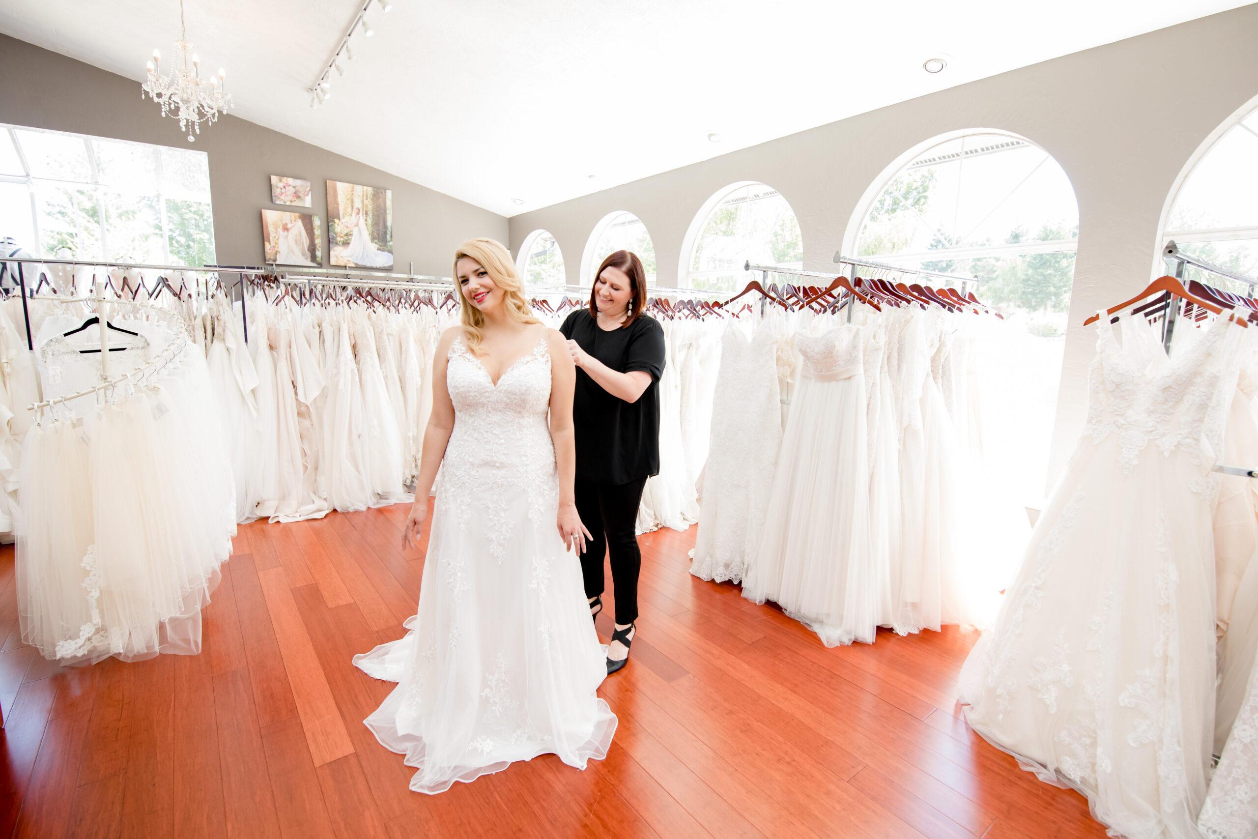 Bridal shop in west bend Wisconsin